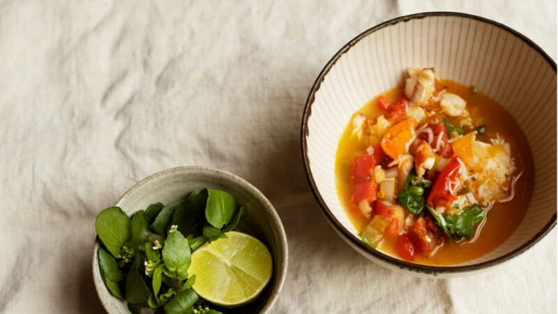 Nigel Slater's recipes for crab soup and raspberry oat cake